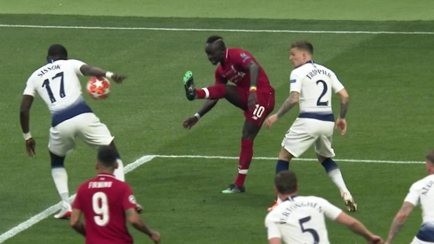 Tottenham star makes VAR claim about Liverpool's Champions League final penalty - Bóng Đá