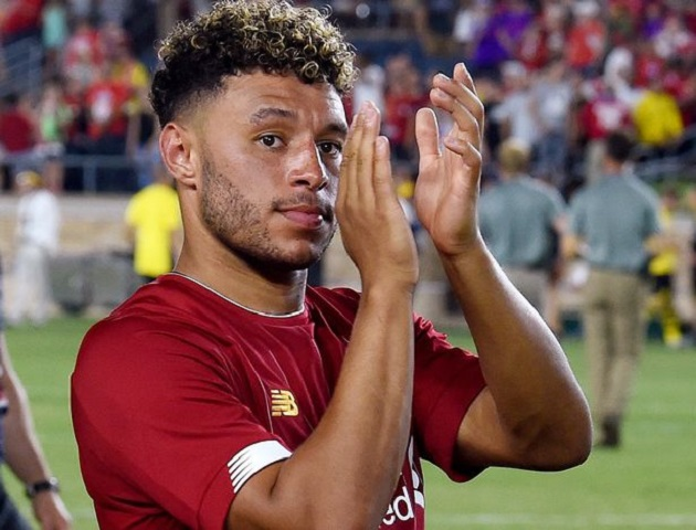 Oxlade-Chamberlain absent from Liverpool's squad ahead of Sevilla game - Bóng Đá