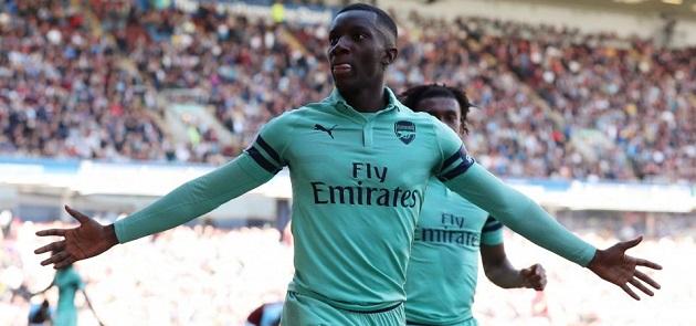 Leeds eye Arsenal star Eddie Nketiah to replace Roofe, but could Ryan Kent still join too? - Bóng Đá