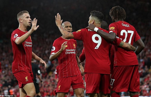 Carra warns Liverpool might 'go backwards' performance-wise in 19/20 season - Bóng Đá