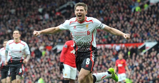 Gary Neville: 'Rarely did Man United change the way we played, but Gerrard made us do that' - Bóng Đá