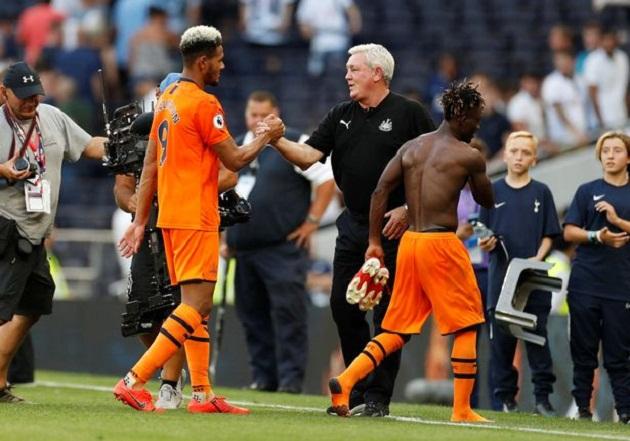 Premier League News: Steve Bruce says Newcastle's win over Tottenham should 'shut some people up' - Bóng Đá