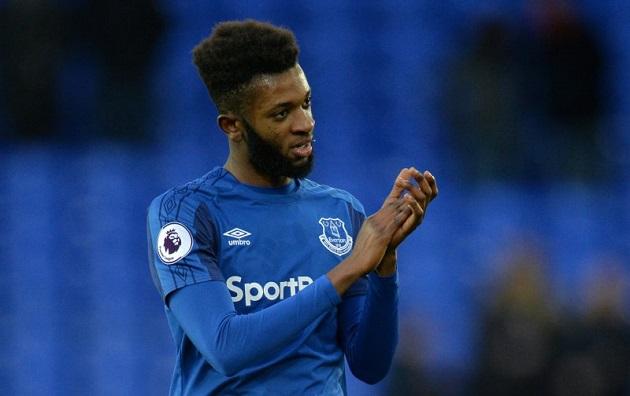 Sources: Major Everton transfer development after midfielder jets overseas for talks - Beni Baningime ở lại Everton - Bóng Đá