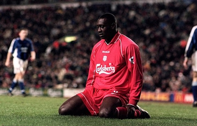 Heskey admits joining Liverpool wasn't easy: 'I literally laid on the floor and started crying' - Bóng Đá