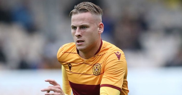 EXCLUSIVE: Everton, Southampton, Sheff Utd chasing Motherwell star James Scott - Bóng Đá