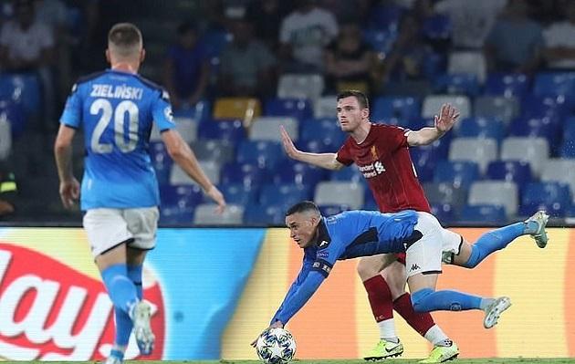 Mark Clattenburg: Liverpool can have no complaints about Napoli penalty - Bóng Đá