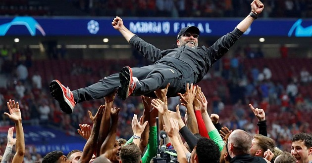 Klopp commends Liverpool FC: 'Whoever doesn't love it, has no heart' - Bóng Đá