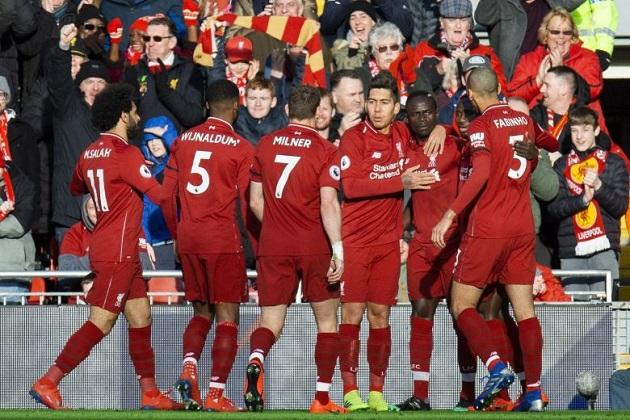 Chris Sutton gives bizarre explanation of Liverpool's advantage over City - Bóng Đá