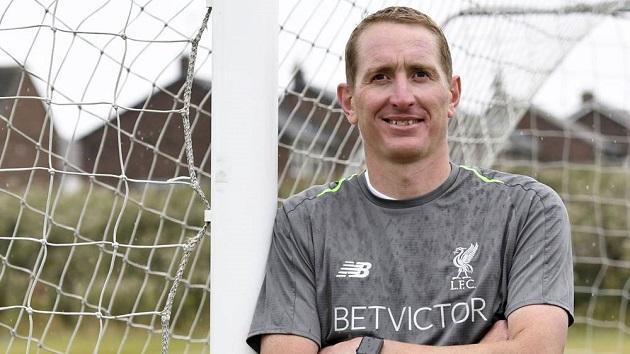 Chris Kirkland thinks Liverpool are running away with it this season - Bóng Đá
