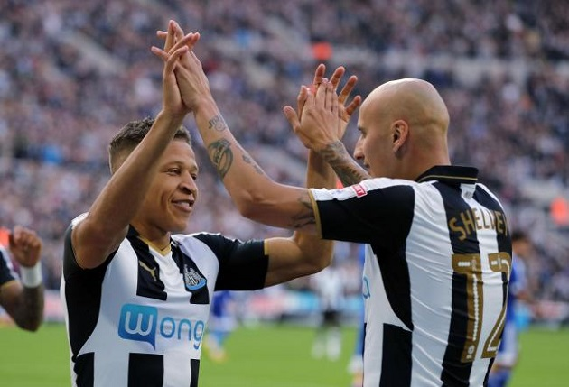 Report: Newcastle's Jonjo Shelvey and Dwight Gayle tempted by moves to 'cash-laden' Chinese Super League - Bóng Đá