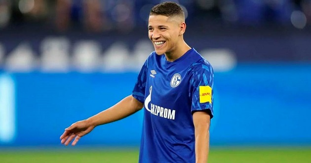 Italian media: Liverpool keen on Bundesliga midfield gem, Klopp to use friendship with Schalke boss to get him - Bóng Đá