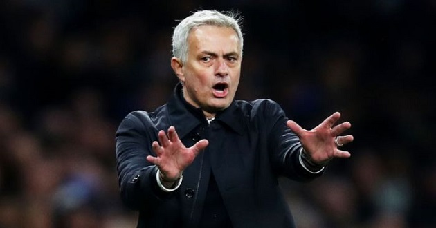 Victor Osimhen is one of Mourinho's top targets - Bóng Đá