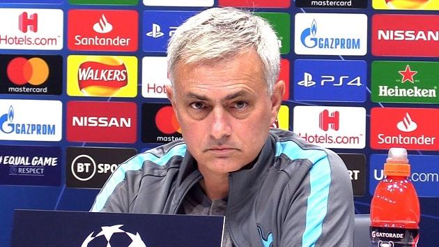 Mourinho forbids Tottenham players from looking at Bayern Munich thrashing - Bóng Đá