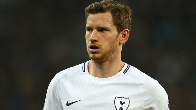 Napoli and Ajax are prepared to test Tottenham's resolve with a bid for Jan Vertonghen this month - Bóng Đá