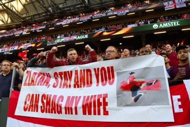 Ibrahimovic nhận được đề nghị khó xử sau khi vô địch Europa League