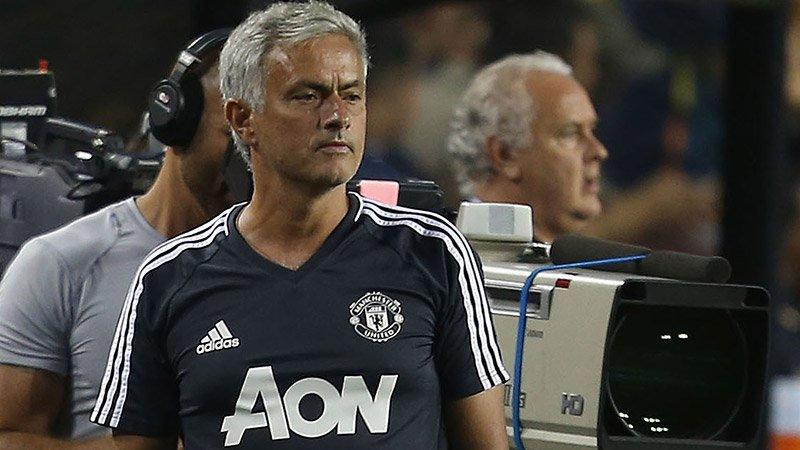 Khi Mourinho vui vì MU thất bại: Thua để thắng