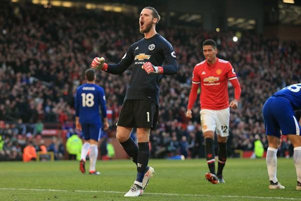 NÓNG: Man United giữ chân De Gea bằng mức lương