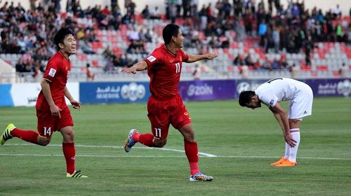 """Tuyển Việt Nam: Vị ngọt từ """"quà"""" của HLV Park Hang Seo"""