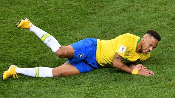 Sau tất cả, Neymar thừa nhận việc