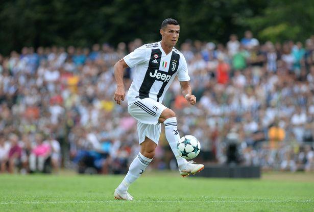 NÓNG: Ronaldo có thể hoãn ngày ra mắt Serie A - Bóng Đá