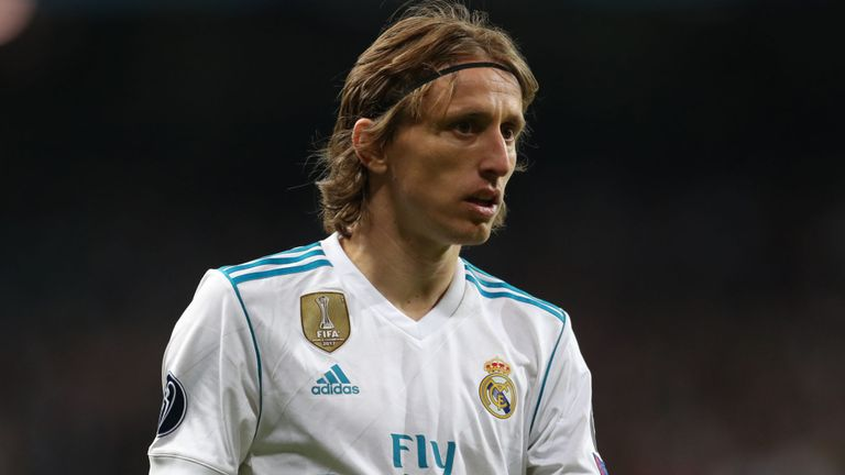 Real Madrid có nên giữ chân Luka Modric? - Bóng Đá