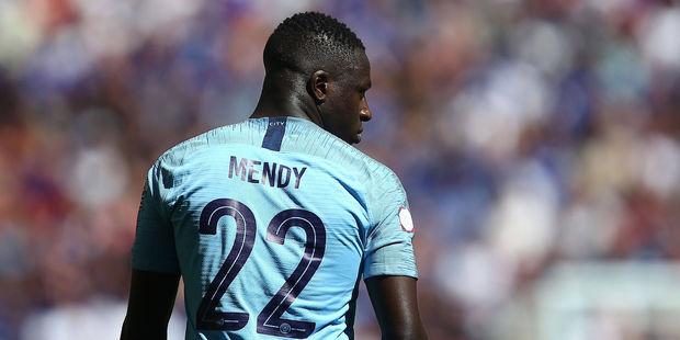 Benajmin Mendy đang dần trở thành quân bài quan trọng nhất của Pep Guardiola - Bóng Đá