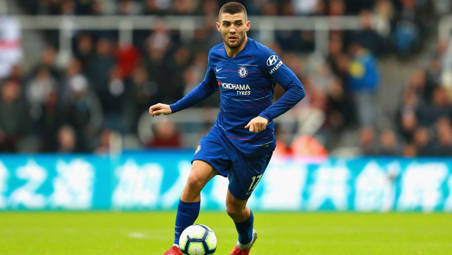Mateo Kovacic nên ở lại Chelsea lâu hơn - Bóng Đá