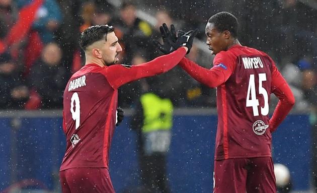 Thua sốc trên đất Áo, Napoli vẫn lạnh lùng tiến vào tứ kết Europa League - Bóng Đá