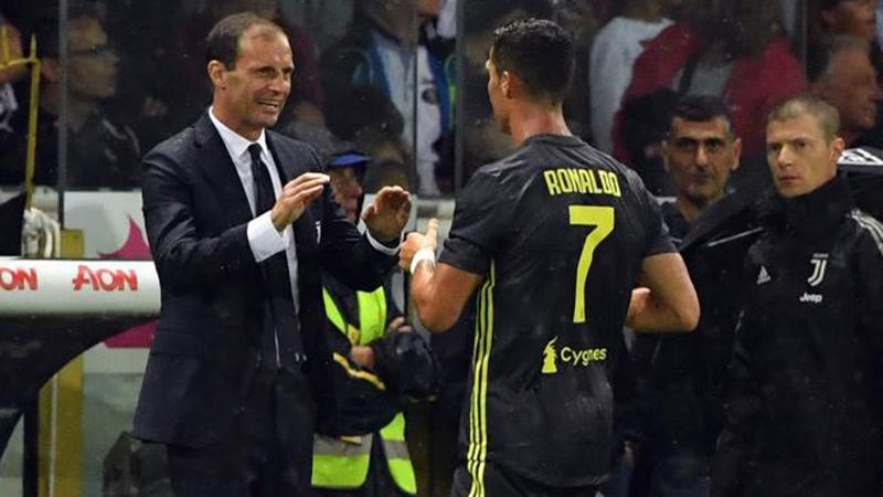 HLV Allegri nói điều bất ngờ về Ronaldo và Ibrahimovic - Bóng Đá