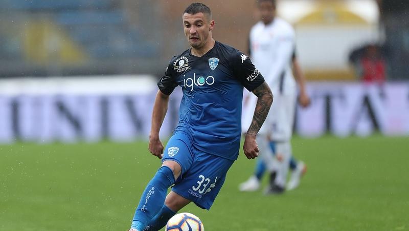Krunic đến AC Milan: https://www.calciomercato.com/en/news/exclusive-the-background-of-the-ac-milan-krunic-deal-as-boban-ap-77731 - Bóng Đá