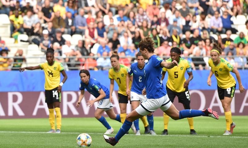 Bất ngờ với tâm trạng của Italia trước