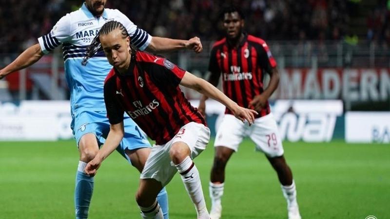 Diego Laxalt nói vế AC Milan - Bóng Đá