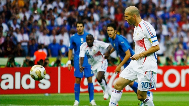 Ngày này 13 năm trước Italia vô địch World Cup - Bóng Đá