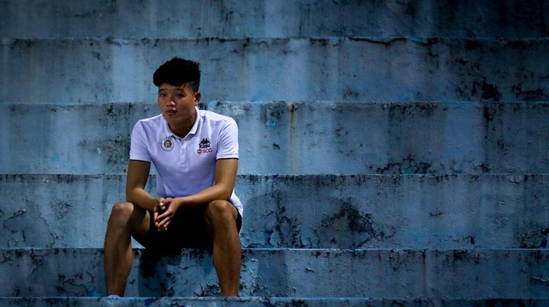 Adrian và bài học cho Phí Minh Long - Bóng Đá