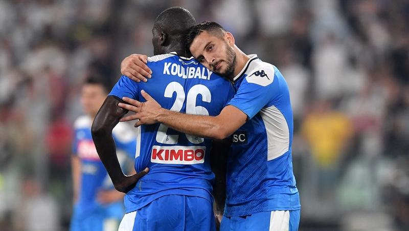 Góc Napoli: Hàng thủ và cơn đau đầu của Ancelotti - Bóng Đá