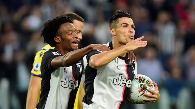 Ronaldo ghi bàn, Juventus vẫn hú vía trước Hellas Verona - Bóng Đá