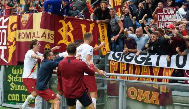 Ảnh trận Bologna - AS Roma - Bóng Đá