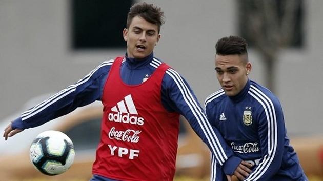 Không Messi, Argentina bị chi phối bởi