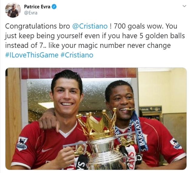 Patrick Evra chúc mừng Cristiano Ronaldo - Bóng Đá