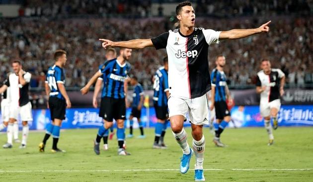 Vì Ronaldo, Maccio Capatonda ủng hộ Juventus - Bóng Đá