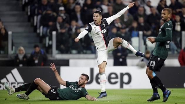 Ronaldo ghi 12 bàn sau 13 trận - Bóng Đá