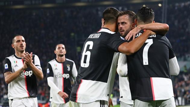 Sarri không hài lòng ở trận gặp Bologna - Bóng Đá