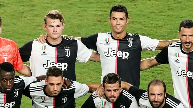 Ronaldo và De Ligt sẵn sàng đấu AC Milan - Bóng Đá