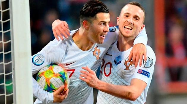 Ronaldo hạnh phúc vì lần thứ 5 tham dự VCK EURO - Bóng Đá