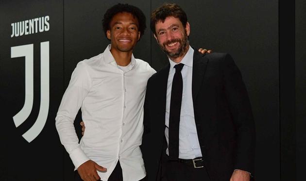 Juventus gia hạn hợp đồng với Juan Cuadrado - Bóng Đá