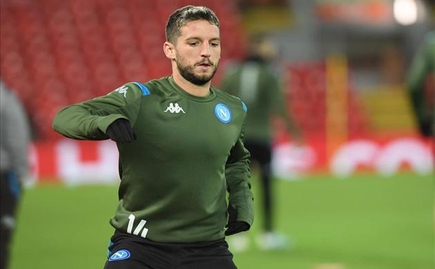 Napoli tập tại Anfield - Bóng Đá