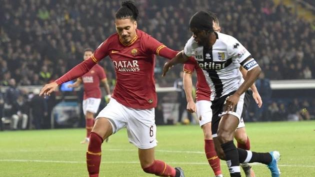 Juventus và Inter Milan tranh Smalling - Bóng Đá