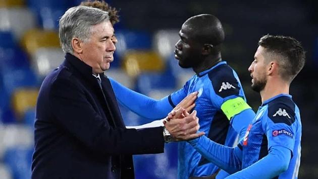 Napoli sa thải Carlo Ancelotti - Bóng Đá