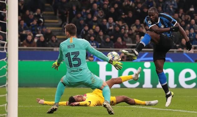 Romelu Lukaku bị Gazzetta dello Sport chỉ trích vì bỏ lỡ 3 cơ hội - Bóng Đá