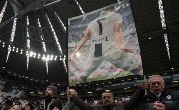 Lập cú đúp giúp Juventus thắng trận, Ronaldo vẫn tiếc vì 1 điều - Bóng Đá